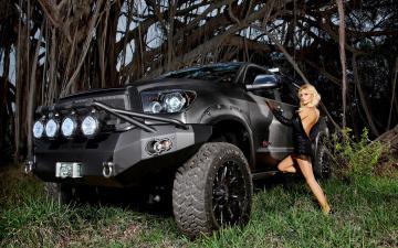 обоя автомобили, -авто с девушками, toyota
