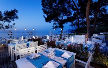 обоя интерьер, кафе,  рестораны,  отели, море, терраса, столики, сервировка