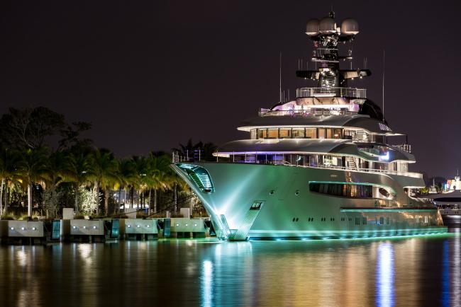 Обои картинки фото kismet yacht - miami, корабли, Яхты, суперяхта
