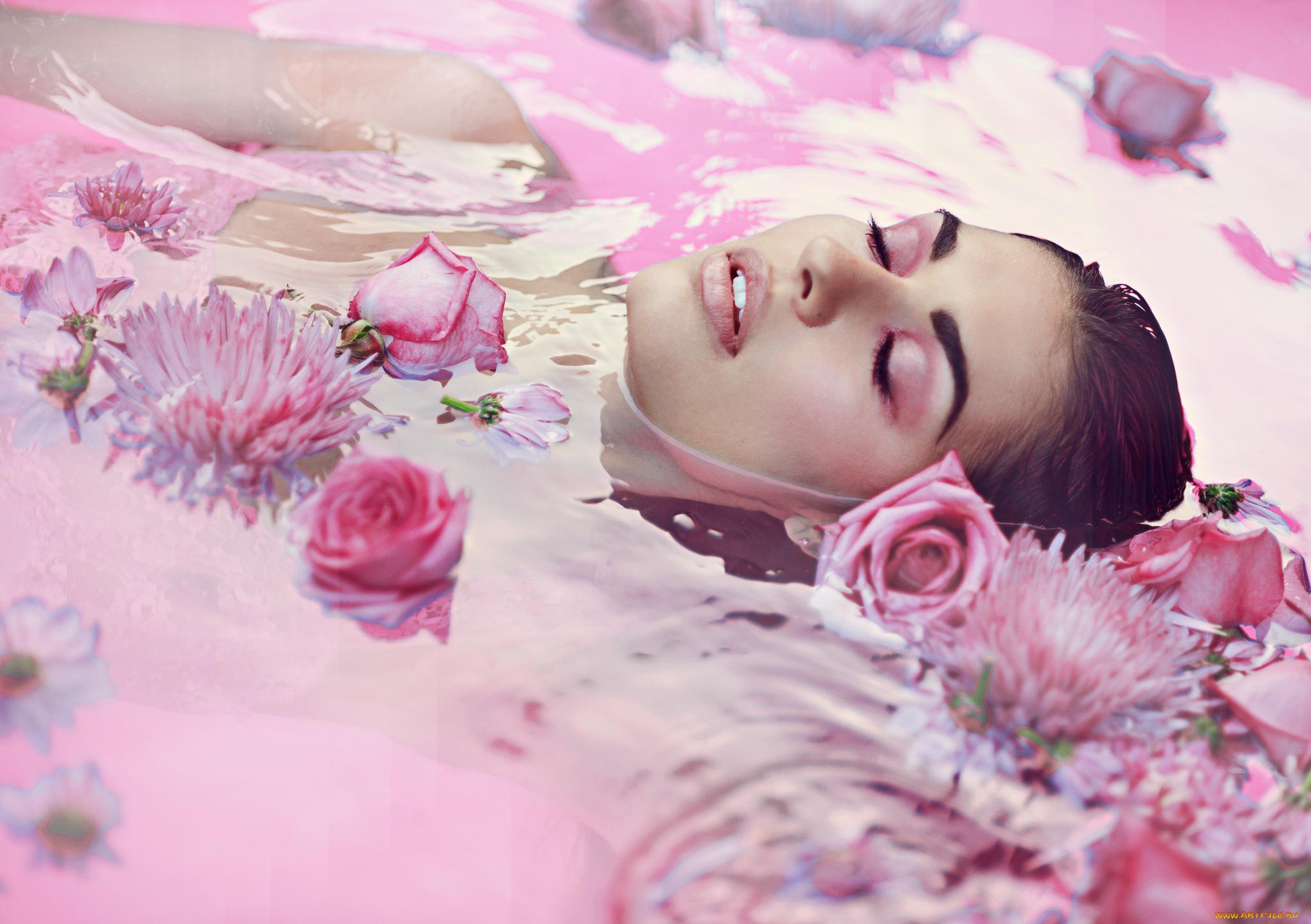 девушка лицо цветы розы природа трава загрузить