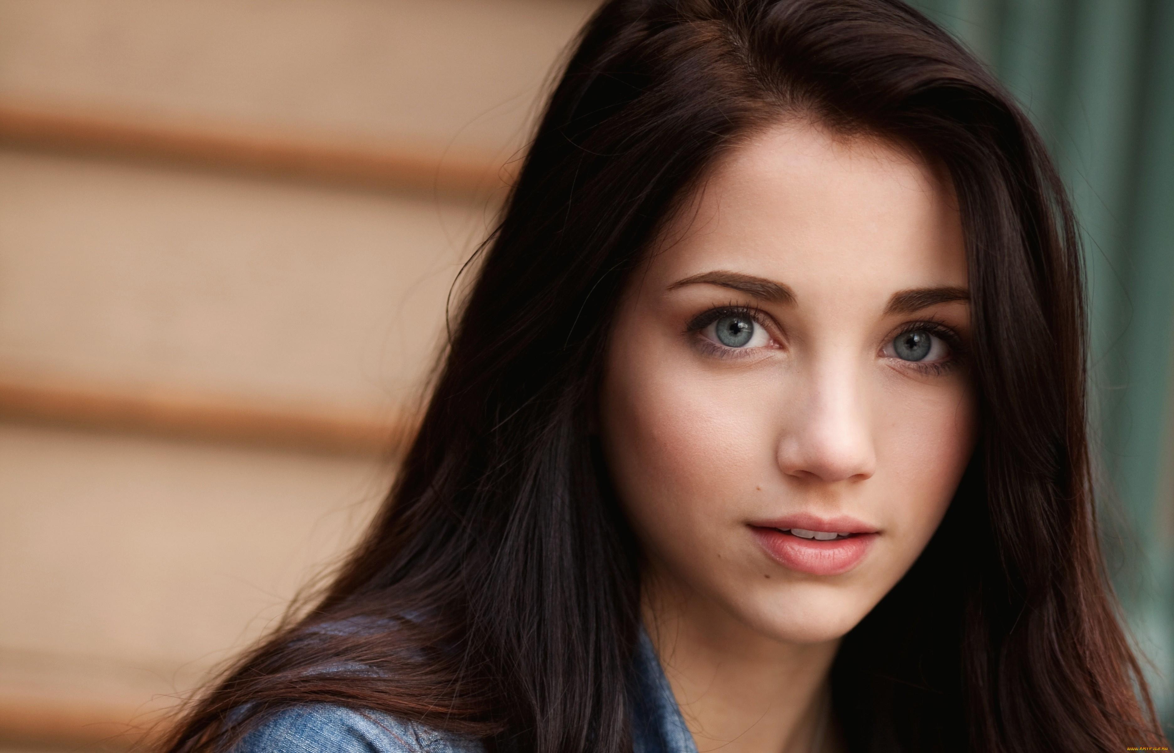 Лица красивых девушек