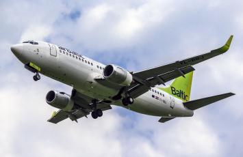 обоя boeing 737-36q, авиация, пассажирские самолёты, авиалайнер