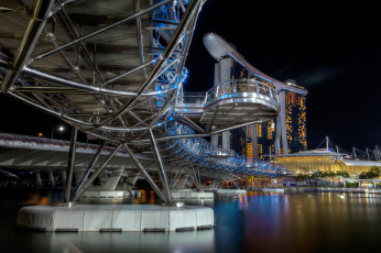 Картинка singapore+-+helix+bridge+and+marina+bay+sands города сингапур+ сингапур мост река ночь