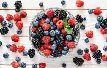 обоя еда, фрукты,  ягоды, черника, ягоды, малина, ежевика