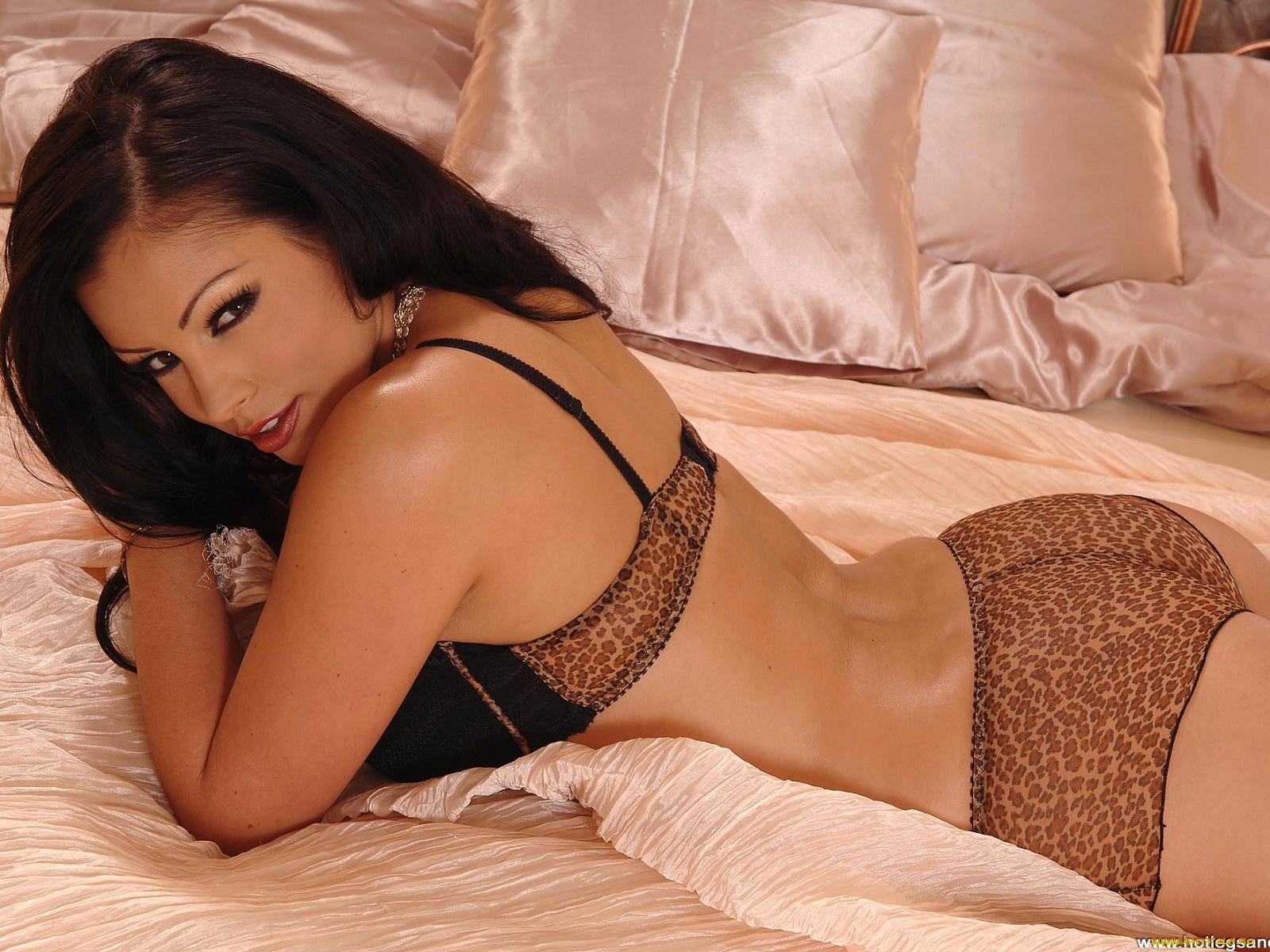 Фото ариа джовани, Aria Giovanni - все порно и секс фото модели 15 фотография