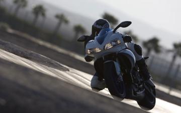 Картинка мотоциклы buell 1125r