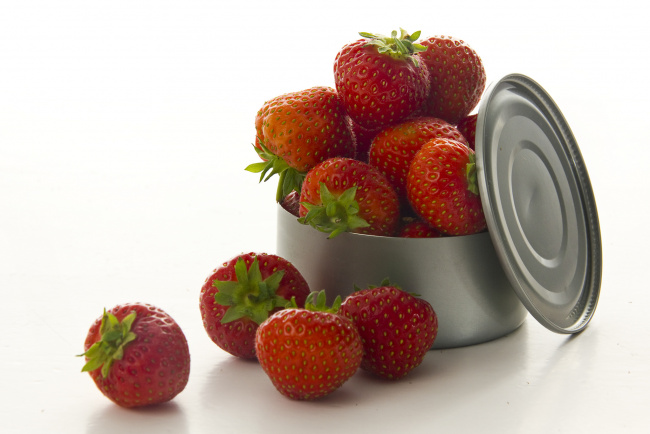 Обои картинки фото еда, клубника,  земляника, ягоды