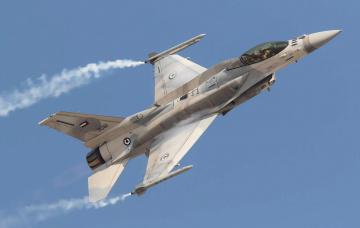 обоя f-16e, авиация, боевые самолёты, истреьитель