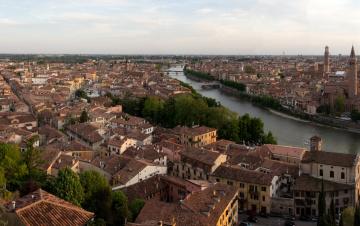 Картинка borgo trento verona италия города панорамы дома река мост побережье