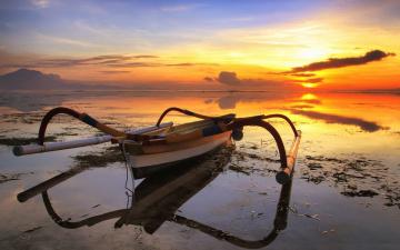 Картинка корабли лодки шлюпки отмель лодка с балансиром море
