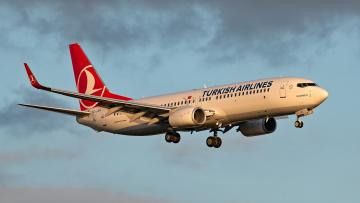 обоя boeing 737-8f2, авиация, пассажирские самолёты, авиалайнер