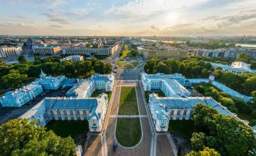 обоя смольный монастырь,  санкт-петербург, города, санкт-петербург,  петергоф , россия, панорама, здания, парк