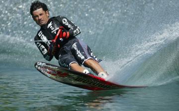 Картинка спорт водный скорост водные лыжи спортсмен