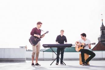 обоя музыка, - другое, гитара, парень, синтезатор, купол