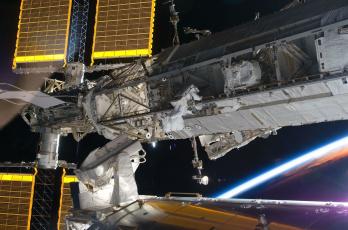 Картинка космос космические корабли станции орбита станция космонавты