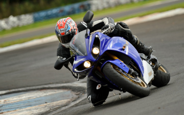 Картинка спорт мотоспорт гонки трек