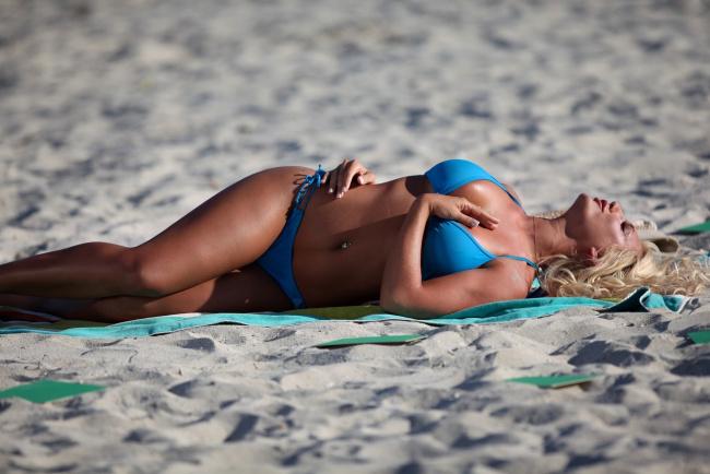blondi-v-bikini-foto