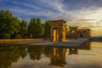 Картинка templo+de+debod города мадрид+ испания водоем храм