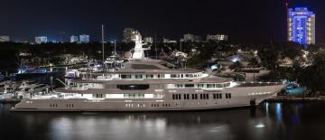 обоя infinity yacht - pier 66 fort lauderdale, корабли, Яхты, суперяхта