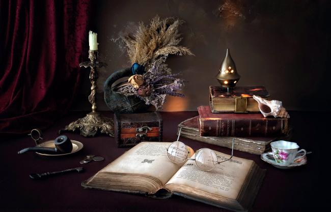 Обои картинки фото разное, канцелярия,  книги, свеча, очки, книги, курительная, трубка, ракушка