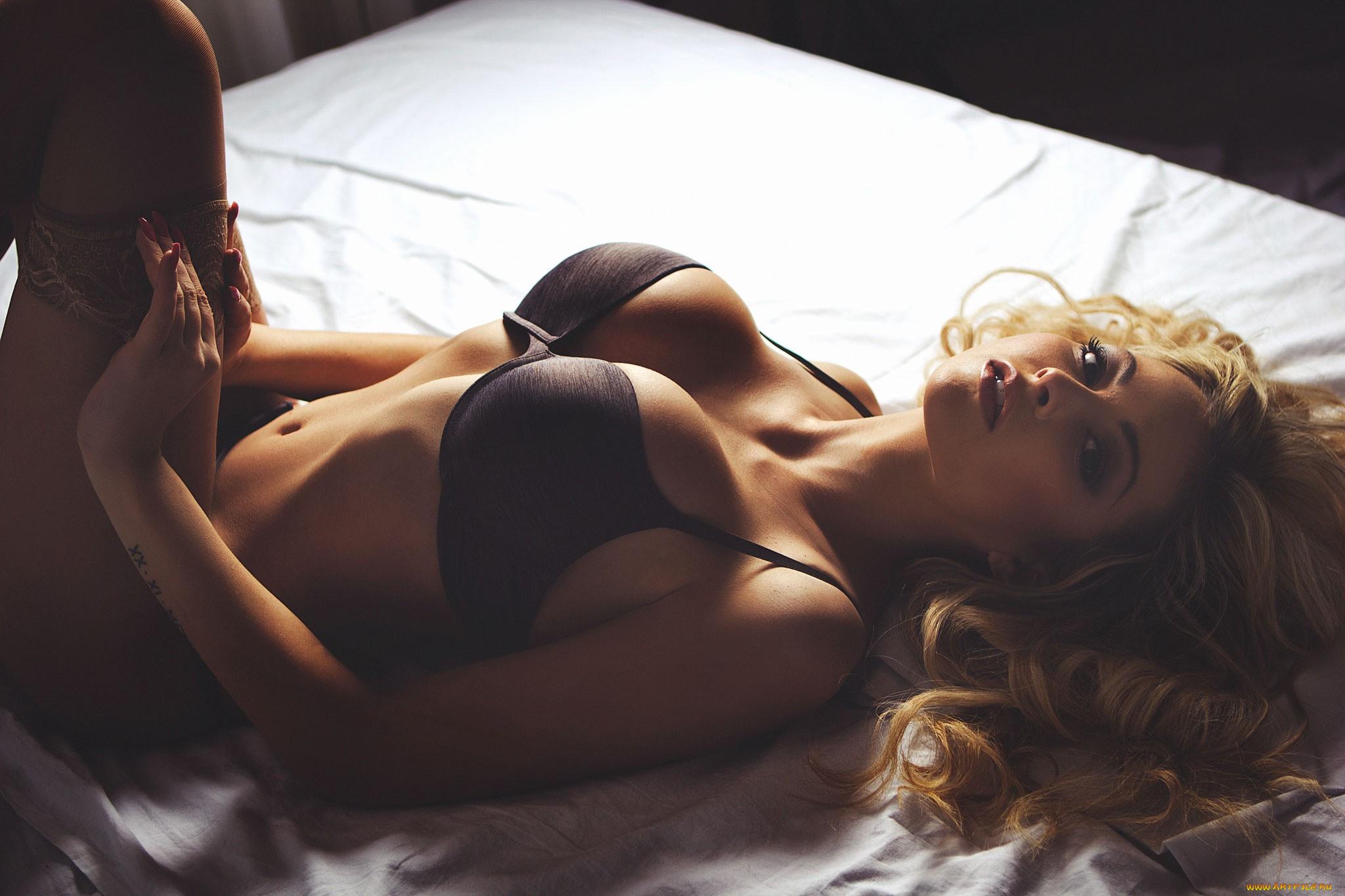 Возбуждающие фото блондинок