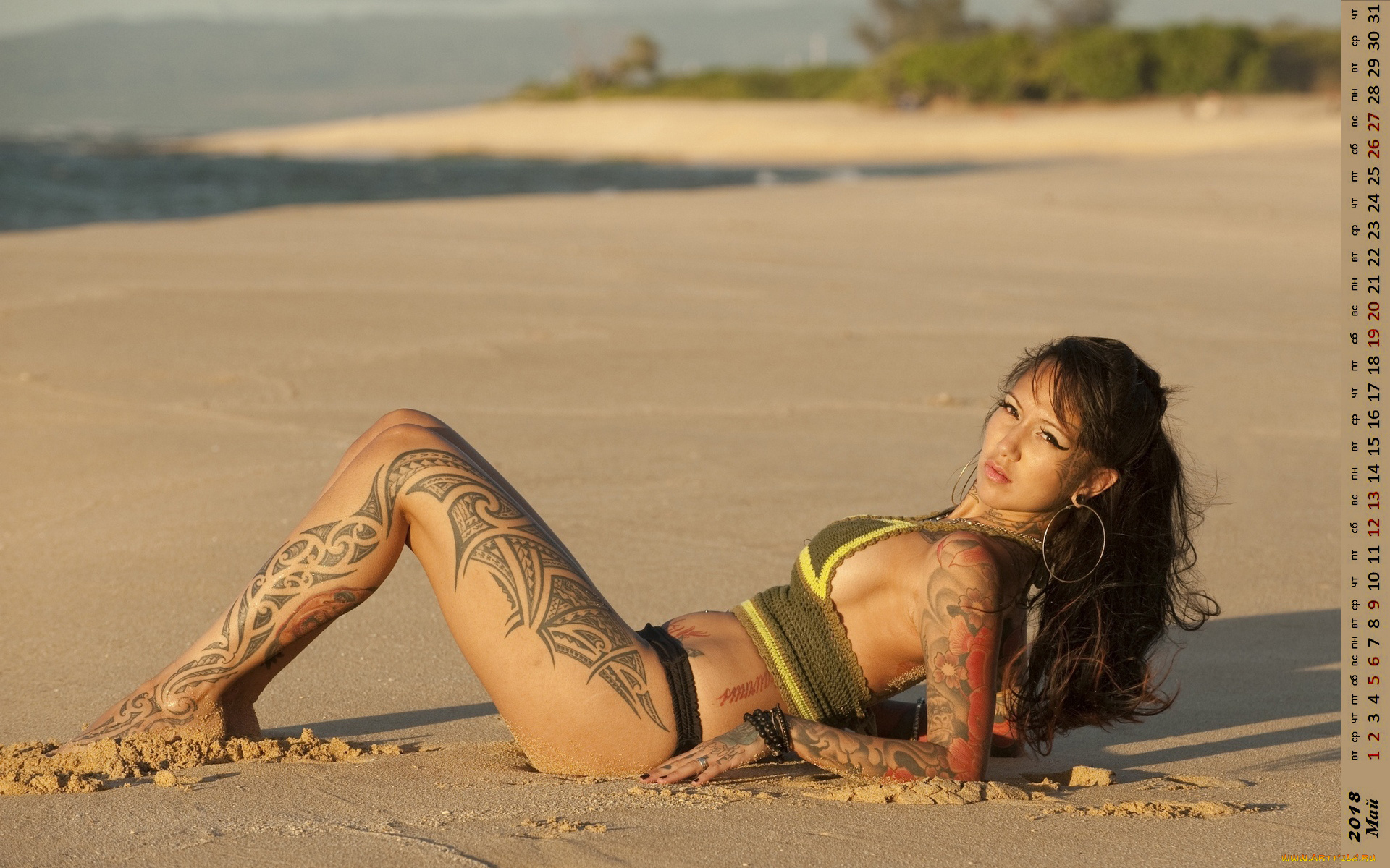 extremely-hot-girls-with-tattoos-on-beach-nude-hoodrat-sex
