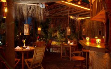 Картинка интерьер кафе рестораны отели стулья столики светильники