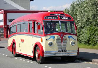 Картинка автомобили автобусы пассажирский транспорт