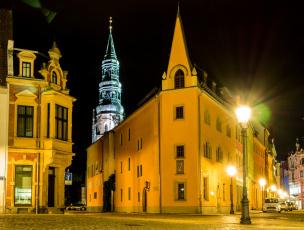 обоя германия, города, - огни ночного города, здания, фонари, машины, дорога, автомобиль