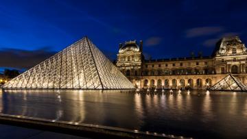 обоя mus&, 233, e du louvre, города, париж , франция, дворец, площадь, ночь