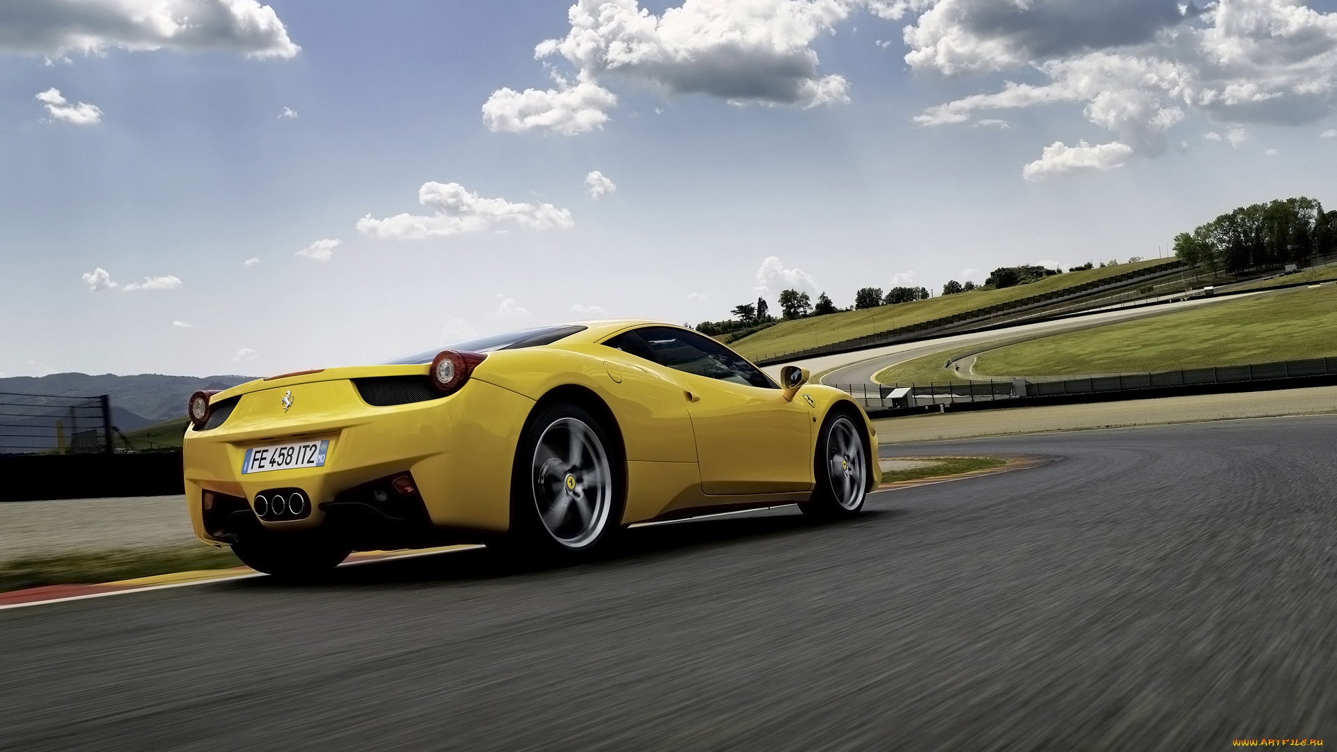 Ferrari 458 спортбайк небо дорога подборки