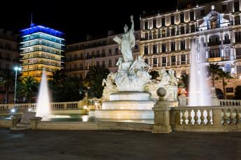 Картинка place+de+la+libert& 233 +toulon города -+фонтаны фонтаны статуя площадь ночь