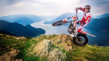 обоя спорт, мотокросс, мотоспорт, мотоцикл, мотоциклист, горы, река