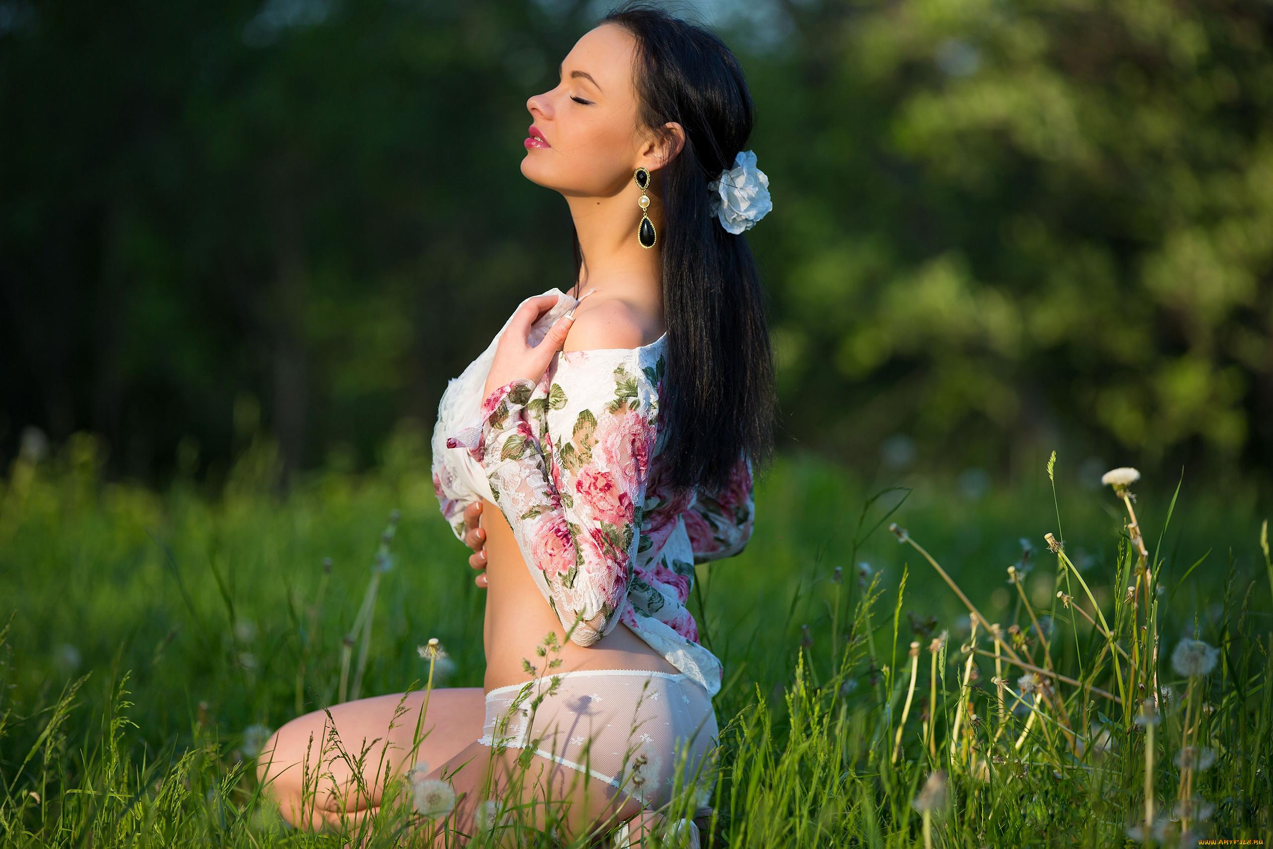Русский эрик ебет на природе, Русское порно на природе на 14 фотография