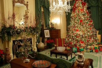 обоя праздничные, Ёлки, люстра, елка, гостиная, камин
