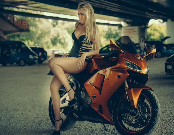 Обои картинки фото moto girl 72, мотоциклы, мото с девушкой, moto, girls