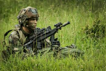 обоя оружие, армия, спецназ, french, army, солдат