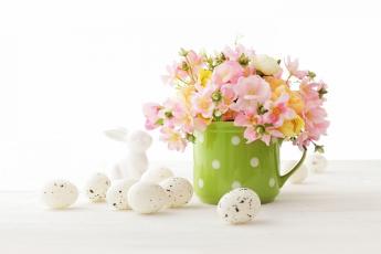 обоя праздничные, пасха, белый, фон, букет, цветы, яйцо, кружка, кролик