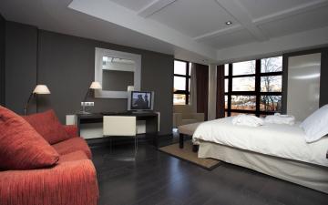 обоя интерьер, спальня, стол, телевизор, диван, кровать, окна, комната