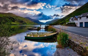 Картинка корабли лодки +шлюпки река дорога дом