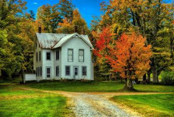обоя города, - здания,  дома, осень, деревья, дом