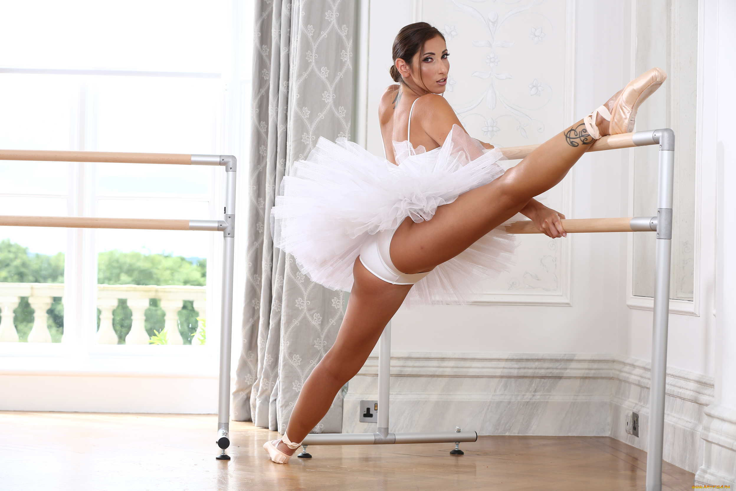 Фотогалерея голых балерин — photo 10