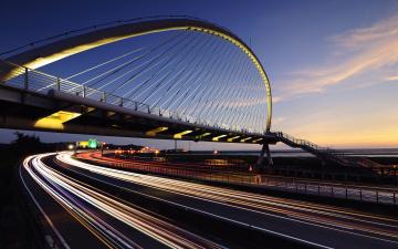 обоя the harp bridge in hsiang-shan,  hsin-chu city,  taiwan, города, - мосты, скорость, шоссе, дороги, дуга, мост, огни
