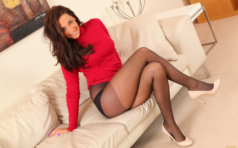 Hot wife Ashley Cumstar on knees sucking   1783103