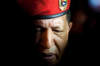 Картинка hugo chavez мужчины берет уго Чавес команданте