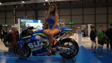 обоя выставка, мотоциклы, мото с девушкой, байк, девица