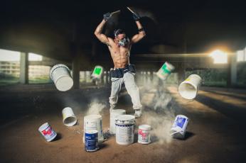Картинка мужчины -+unsort музыка респиратор вёдра краска парень