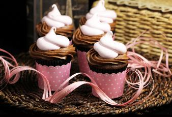 Картинка еда пирожные кексы печенье крем стаканчики
