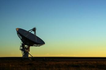 обоя космос, разное, другое, антена, рассвет