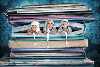 обоя юмор и приколы, книги, девочки, фон
